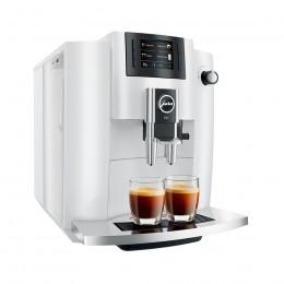 Robot café JURA E6 Piano White + 3 paquets de 250g de café en grains et 2 verres expresso Cafés Richard 8cl offerts