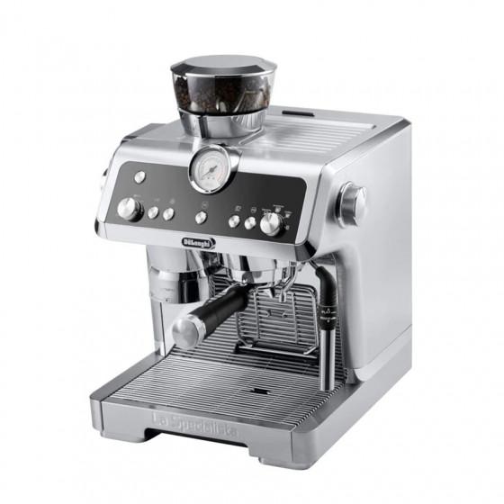 Robot café Specialista FEX 9335.M + 2 paquets de 250g de café en grains + 4 verres expresso Cafés Richard 5cl offerts