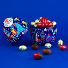 Boîte bleue garnie d'œufs au chocolat noir et lait praliné 250g